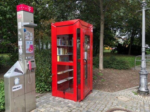 Die Telefonzelle am Schumannplatz am Dienstagnachmittag.