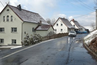 Im Wernsdorfer Oberdorf soll die Gasleitung, die in Höhe des Feuerwehrgerätehauses endet, verlängert werden.