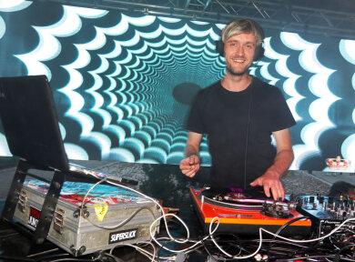 Der Loungeclub Glauchau sorgte mit DJ Newtronic für die richtige Stimmung am City-Beach.