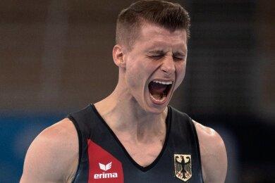 Lukas Dauser erreichte am Barren das zweitbeste Ergebnis und untermauerte damit seine Medaillenambitionen.