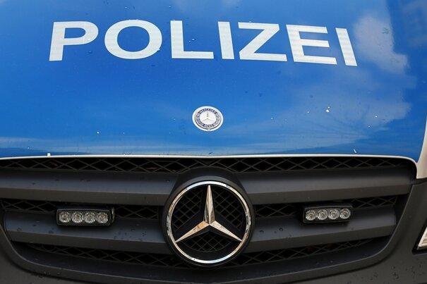 81-Jährige ausgeraubt - Polizei stellt mutmaßliche Täterin
