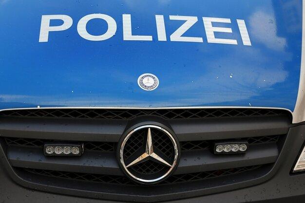Zwei Jeep von Grundstücken in Chemnitz gestohlen