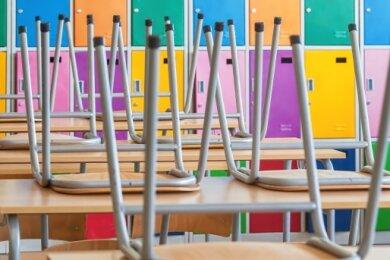 Viele Klassenzimmer müssen im Erzgebirgskreis ab Montag wieder leer bleiben.