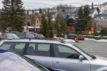 Auf dem Parkplatz an der Schule sollen acht Kurzzeitparkplätze ausgewiesen werden.