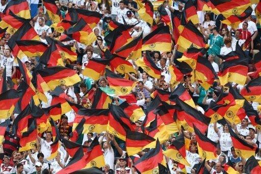 Großer Andrang trotz WM-Desaster