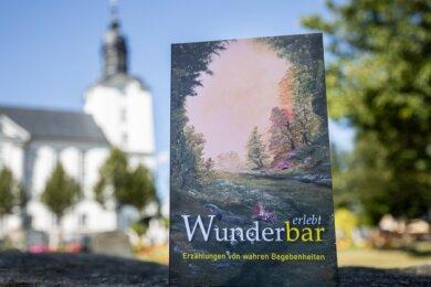 Auch hinter dem Cover des Buches steht eine Geschichte.