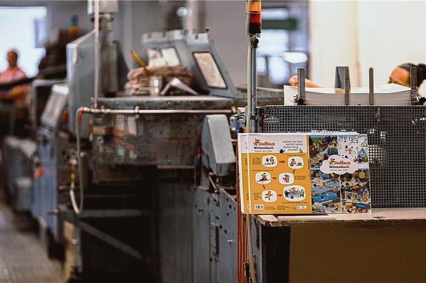 Zum Türöffnertag lädt am Sonntag die Plauener Firma SDP Sachsendruck ein. Dort werden Pappebücher zur Sendung mit der Maus hergestellt.