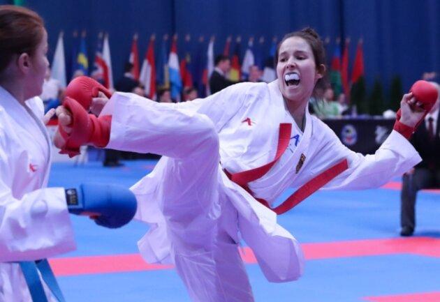 Michelle Süß in Aktion. Hier ist sie bei der U-21-Europameisterschaft im vergangenen Jahr in Budapest zu sehen. Dort schaffte es die 19-jährige Karateka aus Chemnitz bis ins Viertelfinale. Bei der diesjährigen Auflage im finnischen Tampere will sie eine Medaille holen.