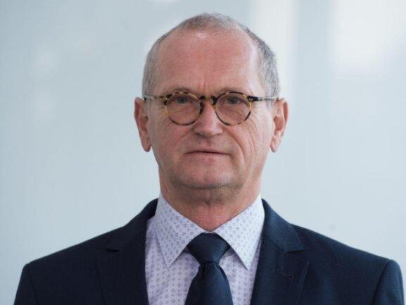 Karl-Heinz Binus, Präsident des sächsischen Rechnungshofes.