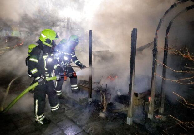 Die Feuerwehr konnte das Abbrennen nicht verhindern.