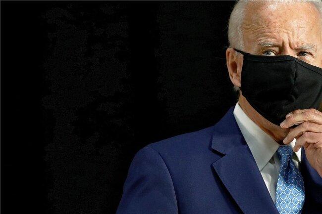 Das Tragen einer Maske muss bei Joe Biden sein. Massenkundgebungen in vollen Sporthallen, wie sie Präsident Donald Trump nun wieder veranstaltet, sind für dessen Gegenkandidaten undenkbar.