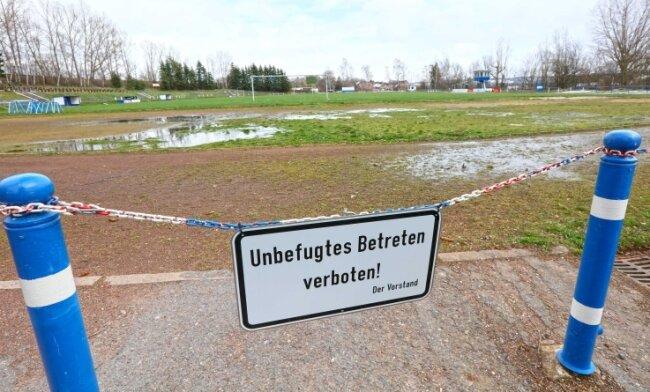 Aus den Wilkau-Haßlauer Sportplatz soll mit 3,6 Millionen Euro ein richtiges Stadion entstehen.