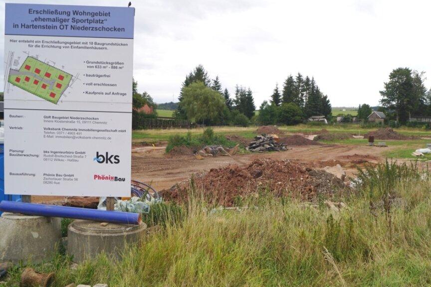 Eigentlich sollten nach einem beschleunigten Planungsverfahren auf dem ehemaligen Sportplatz in Niederzschocken schnell Eigenheime gebaut werden können. Doch der Bebauungsplan ist ungültig.