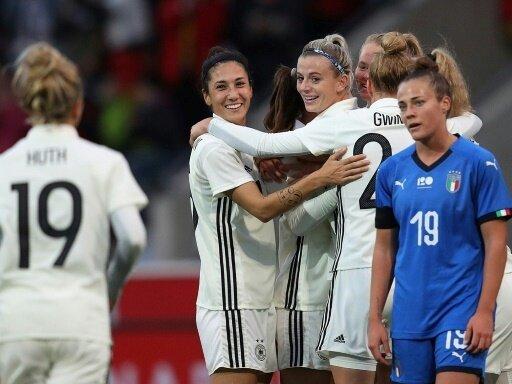 Die DFB-Damen schlagen Italien mit 5:2