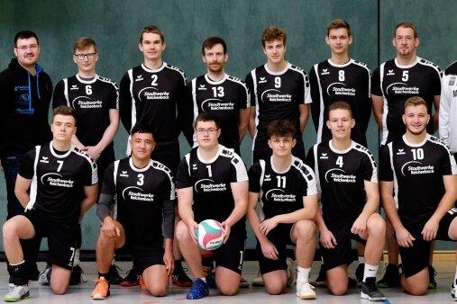 Die erste Mannschaft des VSV Eintracht Reichenbach (im Bild) startet mit jungem Kader in die neue Saison der Volleyball-Sachsenliga.