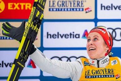 Am 3. Januar 2020 lief Katharina Hennig im Val di Fiemme ihr bisher bestes Weltcuprennen, ließ als Dritte im Ziel sich und ihre Ski hochleben.