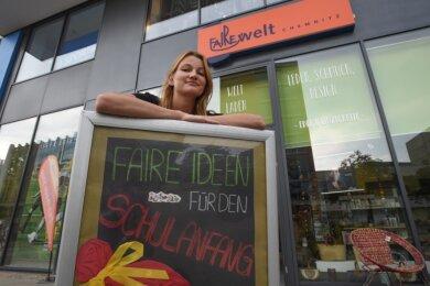 Die Koordinatorin des Fairewelt-Ladens Susann Mädler fürchtet um die Zukunft des Geschäfts. Hoffnung setzt die 28-Jährige unter anderem in die Faire Woche, die im September stattfinden soll.