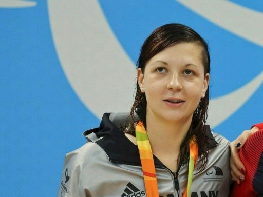 Denise Grahl schwimmt auch über 100 m Freistil zu Gold