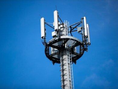 Mit dem neuen Vertrag sollen ärgerliche Funklöcher vor allem auf dem Land verringert werden.