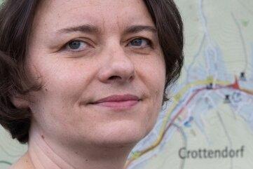 """Am Dienstag für Anrufer aus Crottendorf und Walthersdorf am Telefon: """"Freie Presse""""-Redakteurin Annett Honscha."""
