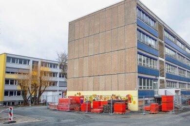 Die Grundschule am Wartberg ist derzeit wegen der Generalsanierung eine Baustelle. Sie lockt immer wieder Diebe an.