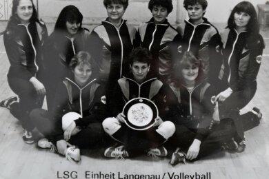 Ihre ersten Erfolge feierte Eva Schilling - auf dem Foto ganz rechts - mit den Damen von Einheit Langenau.