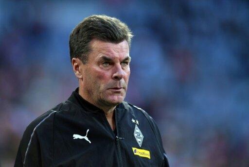 Kritisiert schnelle Entlassung: Gladbach-Coach Hecking