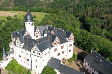 Das Schloss thront über der Zwickauer Mulde. So schön wie der Bau ist auch der Weg dorthin.