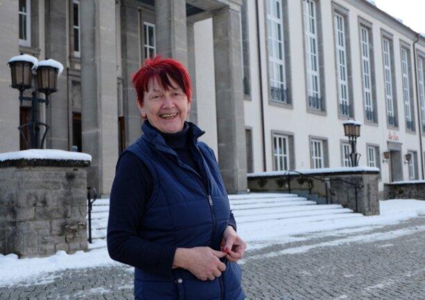 Fünf Jahre lang hat Kerstin Pfeil als Stadthallenchefin in Oelsnitz gearbeitet.