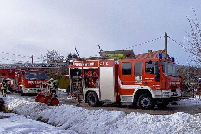Nach einem mehrstündigen Einsatz verließ die Feuerwehr am Mittwochnachmittag gegen 15.30 Uhr wieder den Unfallort.