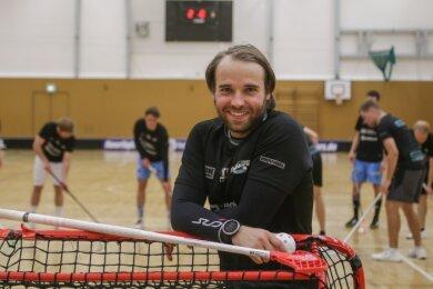"""Julian Rüger hat in der Floorball-Szene einen bekannten Namen. Der Nationalspieler und selbst ernannte """"Floorball-Fanatiker"""" läuft ab dieser Saison für die Floorfighters Chemnitz auf."""