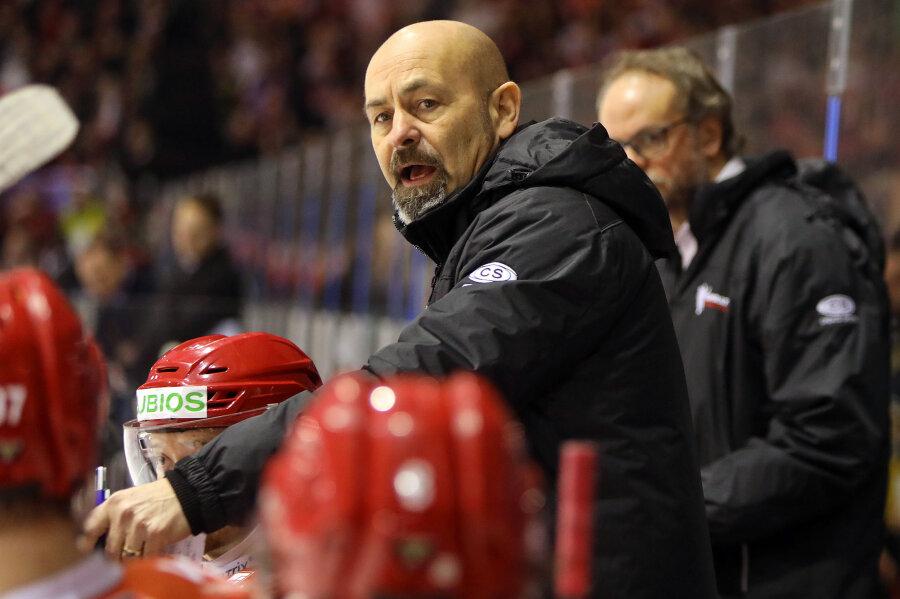 Trainer Daniel Naud bastelt am Kader für die neue Saison.