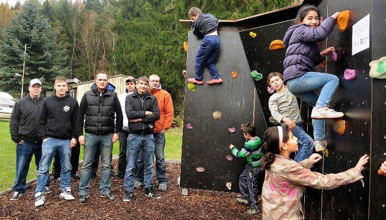 Artur und seine Freunde erklimmen die ersten Sprossen