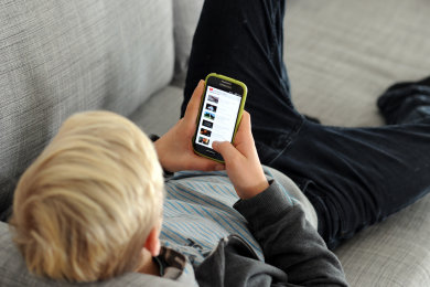 Die Langeweile des Homeschoolings hat so manchen Schüler auf gefährliche Internet-Abwege gelockt: Noch nie habe man in diesem Bereich so viel Arbeit gehabt, sagt Heike Teubner, Leiterin der Auerbacher Beratungsstelle der Verbraucherzentrale Sachsen (VZS).