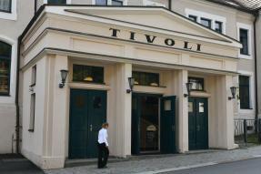 Kreisräte stimmen für Tivoli-Kauf
