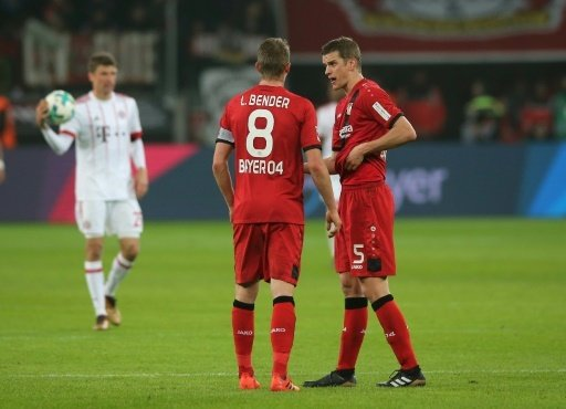 Lars (l.) und Sven Bender drohen auszufallen
