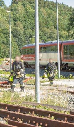 Am Wolkensteiner Bahnhof wardie Feuerwehr für den Ernstfall vorbereitet.