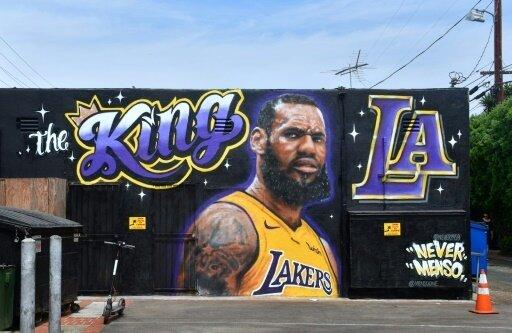 James ist nun auch offiziell ein Lakers-Spieler