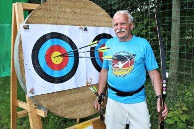 Bei der Vereinsmeisterschaft der Schützengesellschaft Schönerstadt wurde Andreas Seltmann in der Bogenkonkurrenz der Senioren Dritter und gewann das Schießen mit der Kleinkaliberwaffe.