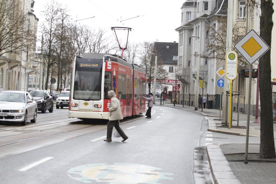 Ampel soll Straßenbahngäste besser schützen