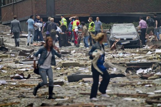 Norwegen ist Ziel von zwei blutigen Angriffen mit bis zu 17 Toten geworden: Bei einer Bombenexplosion in Oslo (Foto) starben mindestens sieben Menschen, wenig später erschoss ein Angreifer in einem Jugendcamp der Arbeiterpartei bis zu zehn Menschen.