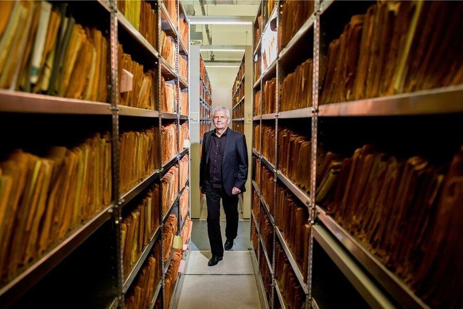 Der Chef geht, die Akten wandern ins Bundesarchiv: Roland Jahn in der alten Stasi-Zentrale.