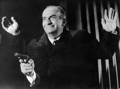 """Der französische Schauspieler Louis de Funes als Inspektor Juve in """"Fantomas"""" (1965). Kaum jemand konnte so unterhaltsam Grimassen schneiden wie der vor 100 Jahren geborene Louis de Funes. Die Komödien des unvergessenen Komikers sind Kult. Nein! Doch! Ooooh!"""