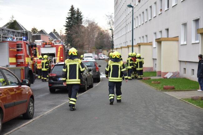 Feuerwehreinsatz an der Albert-Schweitzer-Sraße in Lugau.
