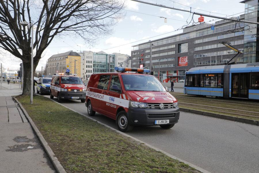 Verletzter in Straßenbahn nach Gefahrenbremsung