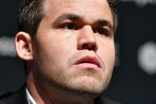 Schwierigkeiten für Magnus Carlsen
