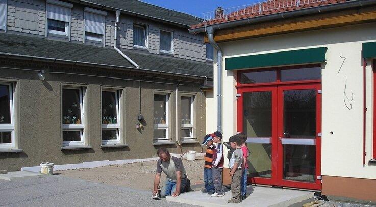 """<p class=""""artikelinhalt"""">Die Sanierung des Kindergarten-Altbaus in Langenleuba-Oberhain kann dank des Konjunkturpakets zügig fortgesetzt werden. </p>"""
