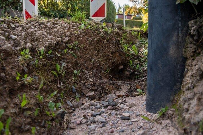 Dieser Verbindungsweg in der Weilbergsiedlung wurde durch starken Regen ausgespült.