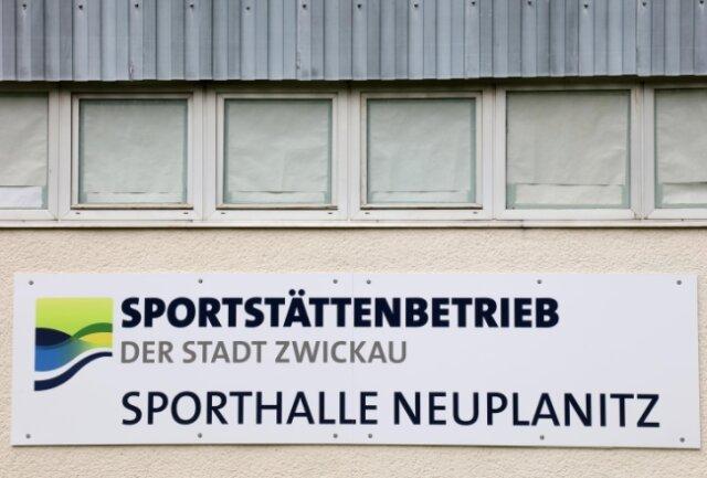 Der Neubau einer Sporthalle in Neuplanitz ist beschlossen, die Diskussion über das Thema damit aber noch nicht beendet.