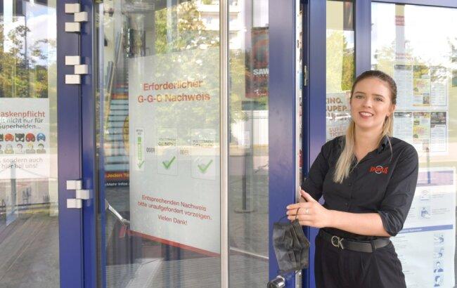 Was am Mittwoch noch galt, ist ab Donnerstag schon obsolet: Am Kinopolis Freiberg musste zuletzt noch Carolin Wiedemann die Einhaltung der 3G-Regeln kontrollieren. Das entfällt nun.